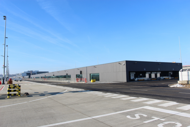 Extension charleroi airport gosselies willemen